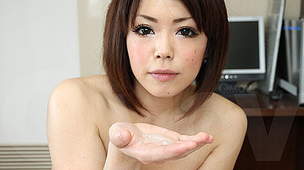 Dirty japanese hoe enjoys licking cock and ass
