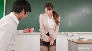 Miku Ohashi enjoys as her students play with her cunt pic #4