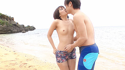 Saya Tachibana's pussy gets jack-hammered by a stiff shaft outdoors